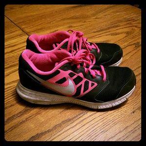 Nike Other - Hot pink & Black girls 6 Nike tennis shoes