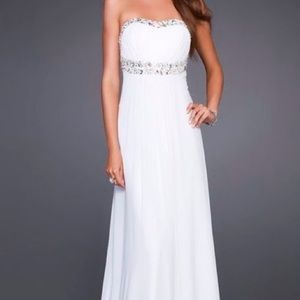 La Femme Dresses & Skirts - Strapless White Grecian Style Dress with Open Back