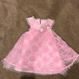 Nanette Baby Other - Pink lace baby dress