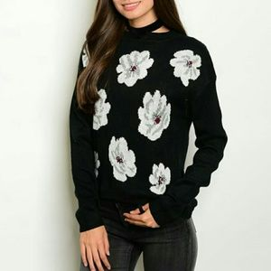 Knitted floral sweater