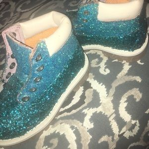 Two Tone Turquoise Glittered Timbs Toddler 7.5C