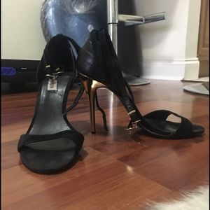Steve Madden Shoes - Black suede sandals with gold heel
