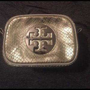 Tory Burch Handbags - Tory Burch silver cosmetic case