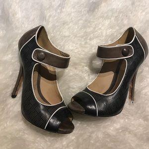 L.A.M.B. Shoes - VINTAGE L.A.M.B. Heels!!!!! Size 6.5