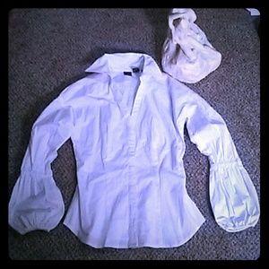 Newport News Tops - 🆕  Newport News hidden button down shirt