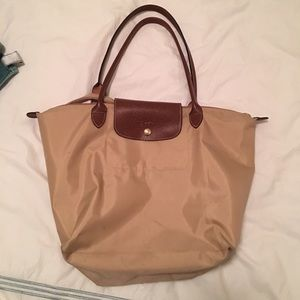 Longchamp Handbags - Beige Longchamp Large Le Pliage Tote