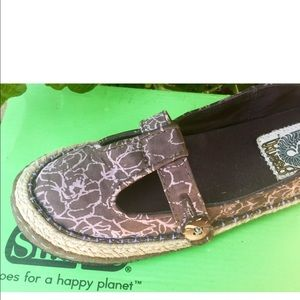 Simple Shoes - Simple  Brand silk Eco friendly Shoes 7 New