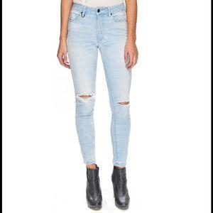 Neuw Denim - Neuw Vintage Skinny Jean NWT