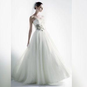 Oleg Cassini Dresses & Skirts - Princess Wedding Dress