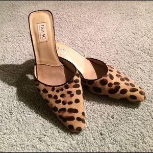 Isaac Mizrahi Shoes - ISAAC isaac mizrahi leopard print kitten heels