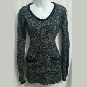26 International Sweaters - 26 International Maternity Knit Sweater