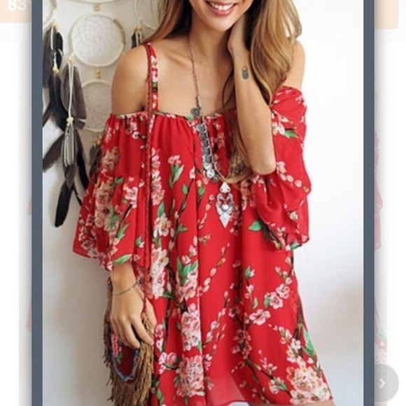 5c22963227 NEW Gorgeous red cold shoulder boho cover up.