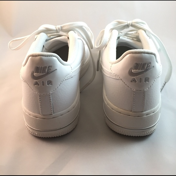 Nike Air Force 1 white basket weave leather size 8