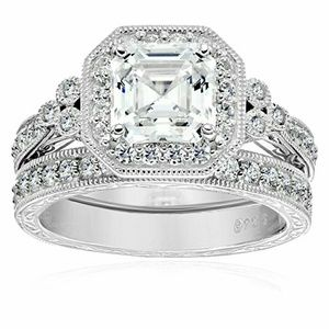 Jewelry - Platinum Swarovski Zirconia Antique Ring