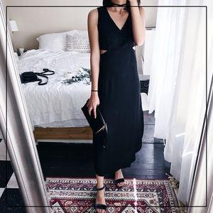 Two Girls Dresses & Skirts - 🌿Black Cutout Dress🌿