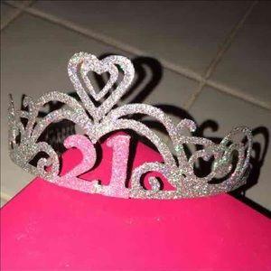 "Icing Accessories - ""21"" Glitter Birthday Crown 👑"