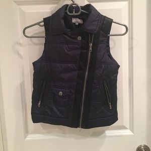 Tractr Other - Girls tractr navy vest