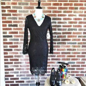 Stella Luce Dresses & Skirts - Stella Luce Black Lace Bodycon Dress