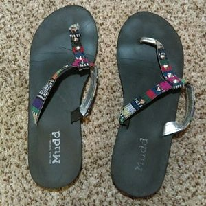 Multicolored thong sandals