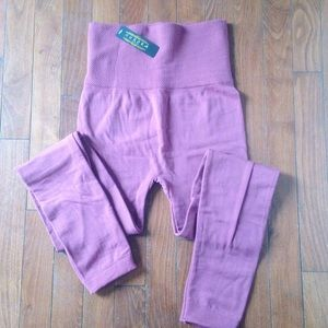 High waisted Mauve fleece line leggings