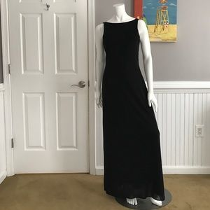 Laundry by Shelli Segal Dresses & Skirts - Sleek & Simple Dress by Laundry