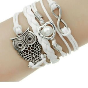 Jewelry - Owl and Pearl Bracelet 💫
