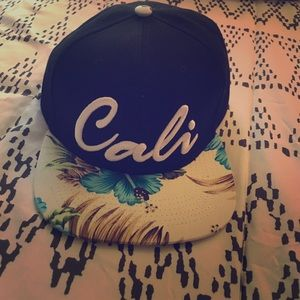 Accessories - New Cali floral snapback