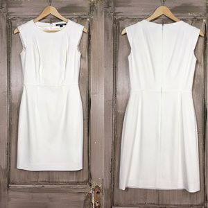 Gianni Bini Off-White Sleeveless Dress