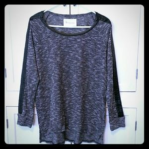 Two by Vince Camuto Tops - Two by Vince Camuto High-Low Sweater