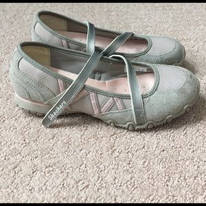 Skechers Shoes - Skechers. Women's sneakers