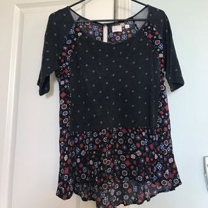Anthropologie Tops - Anthro flowy blouse