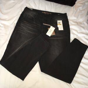 Melissa McCarthy Denim - ✨Brand New ✨ Denim Jeans