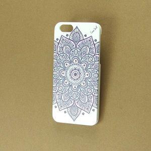 Case Yard Accessories - New White Wood iPhone Case w. Dakota Mandala, 6