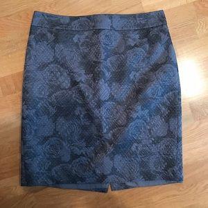Ann Taylor Dresses & Skirts - Ann Taylor Skirt / Size 14