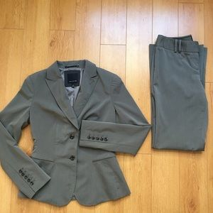 Limited Women's Suit Pants and Jacket