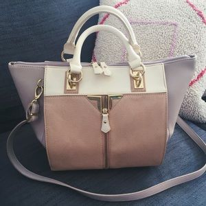 Danielle Nicole Handbags - Brand New Danielle Nicole Large Tote bag