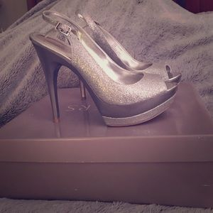 Bakers Shoes - Beautiful silver and glittered heels
