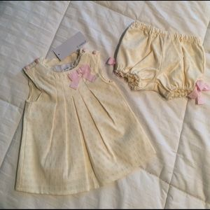 Camilla Other - NWT adorable 3-6 month old cream 2 pc outfit!!