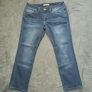 CAbi Denim - Cabi Capri jeans