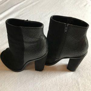 Shoemint Shoes - Shoemint open toe booties.