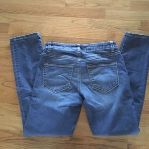 Apt. 9 Jeans - Apt 9 Straight leg Capri