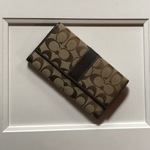 Coach signature collection wallet