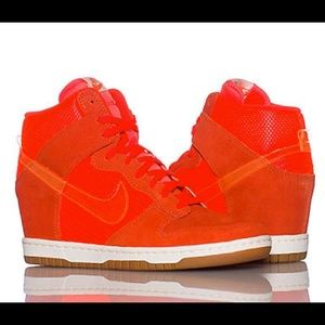 Nike Dunk Hi Wedge Sneaker Orange