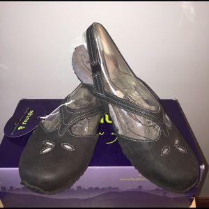 """Ahnu Shoes - Ahnu """"Shoka""""  Slingback Yoga Shoe"""