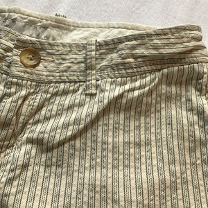 Old Navy Shorts - Old Navy low rise linen shorts.