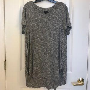Mossimo Supply Co Tops - EUC Mossimo heather grey short sleeve top