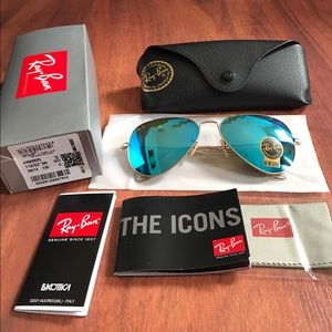 Ray-Ban Accessories - Brand new ray ban rb3025 aviator sunglasses