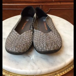 bernie mev. Shoes - Silver Bernie Mev shoes