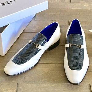 Tigrato Other - Brand new White and Navy Blue man shoes so chic