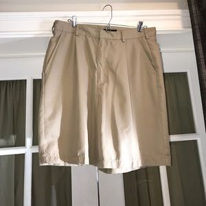 Walter Hagen Golf Other - Walter Hagen Golf Men's khaki shorts sz 34